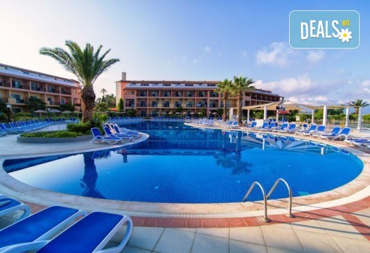 Лятна почивка в Кушадасъ, Турция: 5 нощувки на база All Inclusive в Ephesia Holiday Beach Club 4* от Глобул Турс! Безплатно за дете до 11 години! - Снимка 2