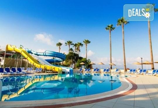 Лятна почивка в Кушадасъ, Турция: 5 нощувки на база All Inclusive в Ephesia Holiday Beach Club 4* от Глобул Турс! Безплатно за дете до 11 години! - Снимка 13