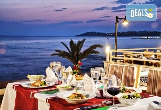 Лятна почивка в Кушадасъ, Турция: 5 нощувки на база All Inclusive в Ephesia Holiday Beach Club 4* от Глобул Турс! Безплатно за дете до 11 години! - Снимка 11