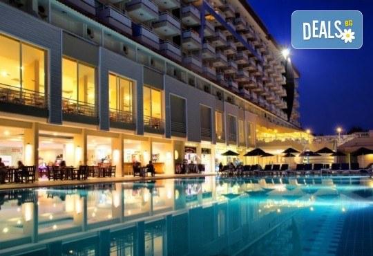Лятна почивка в Кушадасъ, Турция: 5 нощувки на база All Inclusive в Ephesia Holiday Beach Club 4* от Глобул Турс! Безплатно за дете до 11 години! - Снимка 12