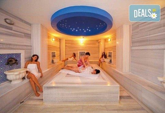 На море в Кушадасъ, Турция през септември: 5 нощувки на база All Inclusive в Akbalut Hotel & SPA 4* от Глобул Турс! Безплатно за дете до 11 години! - Снимка 12