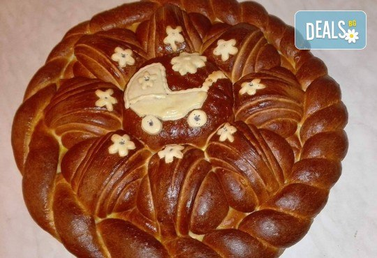 Сладка или солена погача (по избор) 1 или 2 кг с декорация за прощъпулник или кръщене от Работилница за вкусотии Рави! - Снимка 1