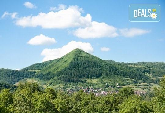 Екскурзия през август или септември до Сараево, Мостар и Босненски пирамиди: 2 нощувки със закуски, транспорт и екскурзовод! - Снимка 2