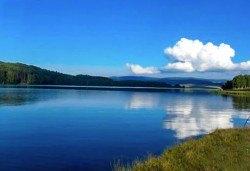 Екскурзия до Власинското езеро, ждрелото на Ерма и Трън за един ден на дата по избор, транспорт и екскурзовод от Глобул Турс! - Снимка