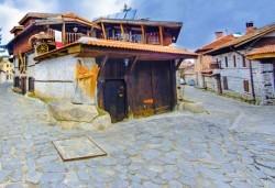 Посетете за 1 ден Банско, Добърско и Разлог с Глобул Турс - транспорт и екскурзоводско обслужване - Снимка