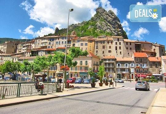 Хайде за един ден през август или септември до Серес и пещерата Алистрати, Гърция - транспорт и екскурзовод от Глобул Турс! - Снимка 1