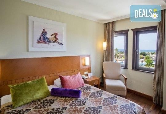 С деца на море през септември в Сиде, Анталия! 7 нощувки Ultra All Inclusive в хотел Club Calimera Serra Palace 5* и възможност за 2 вида транспорт! - Снимка 5