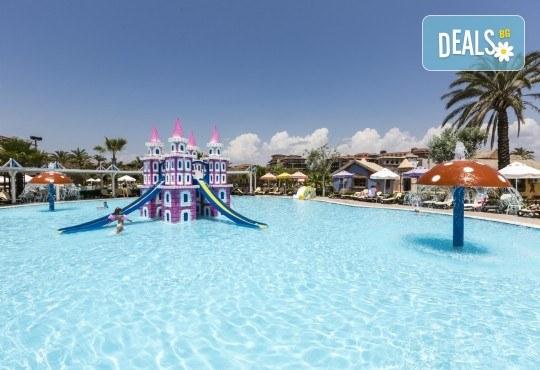 С деца на море през септември в Сиде, Анталия! 7 нощувки Ultra All Inclusive в хотел Club Calimera Serra Palace 5* и възможност за 2 вида транспорт! - Снимка 20
