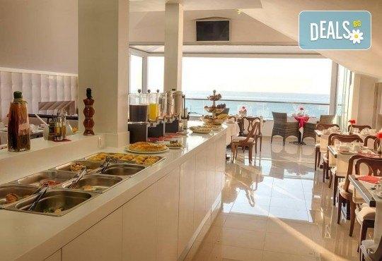Септемврийски празници в Солун и Паралия Катерини! 3 нощувки със закуски в Hotel Kimata 3*, панорамен тур на Солун, екскурзовод и транспорт - Снимка 9