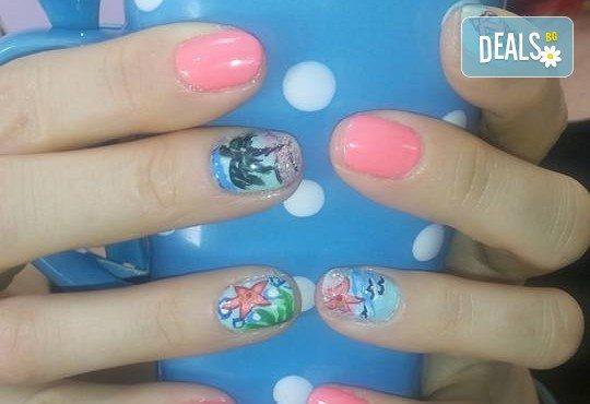 Лято! Маникюр и/или педиюр с гел лак BlueSky и морски декорации, палми, пеперуди, пясъчен лак в Салон Мечта! - Снимка 6