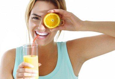 Свежи напитки! Един или два литра прясно приготвен фреш: лимонада, пъпеш, ябълка, кайсия или микс от Fresh & GO! - Снимка