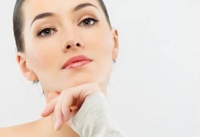 Възстановете блясъка на лицето си с 1 или 10 процедури микроиглена мезотерапия с дерморолер в Barber shop Habibi! - Снимка
