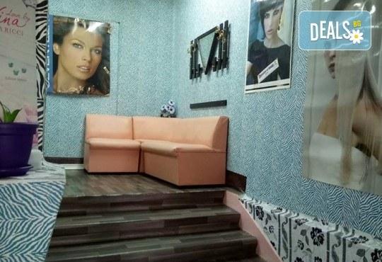Маникюр с гел лак, 2 декорации и бонус: премахване на стар гел лак в салон Reni nails - Снимка 3