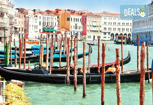 Петдневна екскурзия до Италия с посещение на Венеция, Лаго ди Гарда, Сирмионе и Верона! 3 нощувки със закуски, транспорт и водач от Еко Тур! - Снимка 3