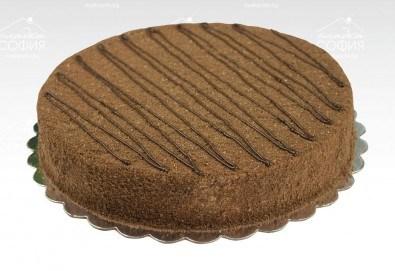 Изкусително! Френска шоколадова торта с тънки какаови блатове и течен шоколад, 16 парчета, от Сладка София!