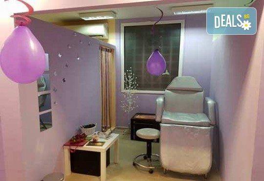 Диамантено дермабразио, хидратация с хиалурон и изглаждане на околоочен контур с крио топки на PHYTOCEANE в студио за красота L Style! - Снимка 8
