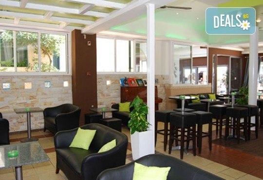 Септемврийски празници в Гърция, Халкидики! 2 нощувки със закуски и вечери в Philoxenia Spa Hotel, транспорт и обиколка на Солун! - Снимка 5