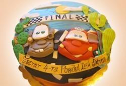 За най-малките! Детска торта с Мечо Пух, Смърфовете, Спондж Боб и други герои от Сладкарница Джорджо Джани - Снимка