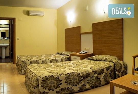 Късно лято - почивка в Турция! 7 нощувки на база All Inclusive в Omer HV 4*, Кушадасъ и възможност за транспорт. Безплатно за дете до 13 години! - Снимка 4
