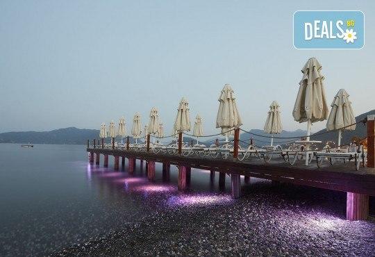 Незабравима почивка в края на лятото в Hotel Emre 4* в Мармарис, Турция! 9 нощувки на база Ultra All Inclusive, транспорт и водач от Дари Тур! - Снимка 10