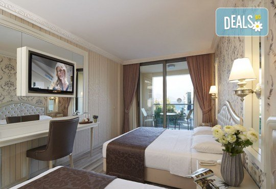 Незабравима почивка в края на лятото в Hotel Emre 4* в Мармарис, Турция! 9 нощувки на база Ultra All Inclusive, транспорт и водач от Дари Тур! - Снимка 2