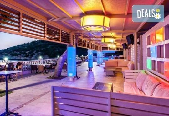Специална цена за почивка в Кушадасъ през октомври! 7 нощувки на база All Inclusive в Tusan Beach Resort 5*, възможност за транспорт! - Снимка 5
