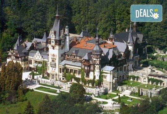 Екскурзия до Румъния, с посещение на Синая, Бран, Брашов и Букурещ: 2 нощувки със закуски в Palace Hotel 4* в Синая, водач и транспорт от Данна Холидейз! - Снимка 8