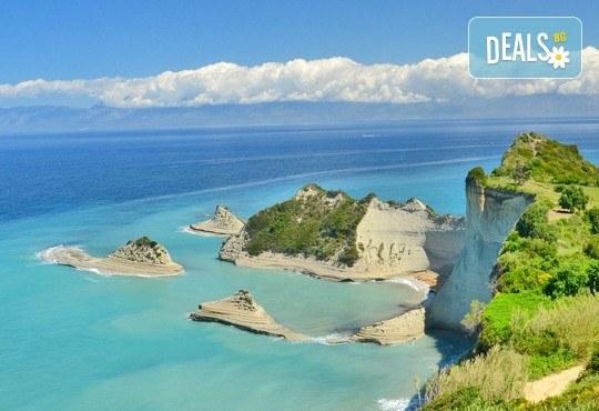 Почивка през есента на остров Корфу, Гърция! 4 нощувки на база All Inclusive в Panorama Sidari 3*, транспорт и посещение на двореца Ахилион! - Снимка 1
