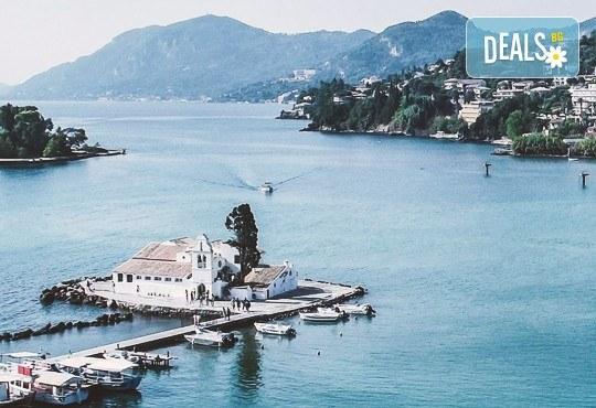 Почивка през есента на остров Корфу, Гърция! 4 нощувки на база All Inclusive в Panorama Sidari 3*, транспорт и посещение на двореца Ахилион! - Снимка 3