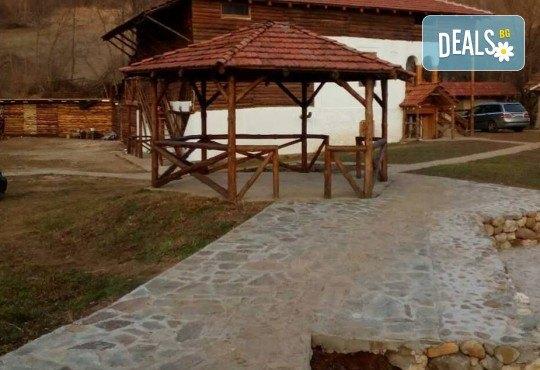 Екскурзия до Етно село Стара планина с 1 нощувка със закуска и вечеря, плюс транспорт от агенция Поход - Снимка 1