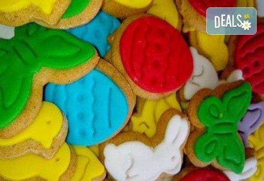 Детски бисквити! 50 броя ръчно декорирани бисквити с пеперуди, цветенца, пиленца, калинки, зайчета и други от сладкарите на Muffin House! - Снимка 3