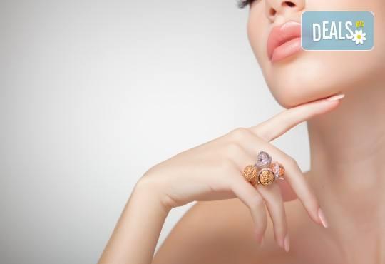 Френски или класически маникюр с нови колекции гел лакове Gelosophy на Astonishing nails 2017 и масажна терапия с шоколад от Дерматокозметични центрове Енигма, Хасково - Снимка 2