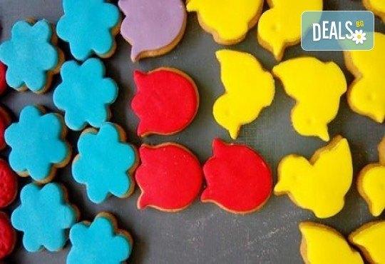 За момичета! Вземете половин или един килограм бисквити за момичета: цветя, пеперуди, калинки, звезди и сърца от Muffin House! - Снимка 3