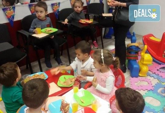 Детски рожден ден в Детски център Приказен свят на супер цена! Зала за 10 деца, зала за възрастни, напитки, пица, украса, аниматор и DJ! - Снимка 5