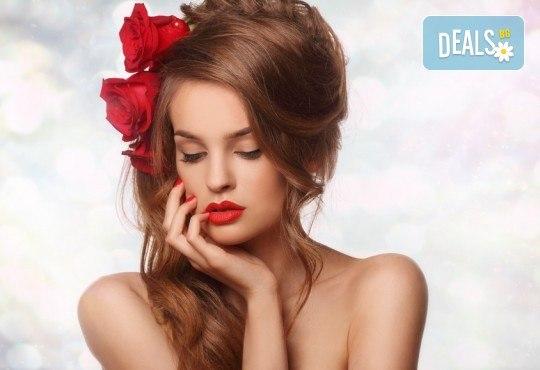 Промоция и качество! Маникюр с гел лак BlueSky в Салон за красота Belisimas в жк Тракия - Снимка 1