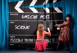 Комедия с Албена Михова и Мая Новоселска! Гледайте ''Приятелки мои'', МГТ Зад канала на 19-ти октомври (четвъртък) - Снимка