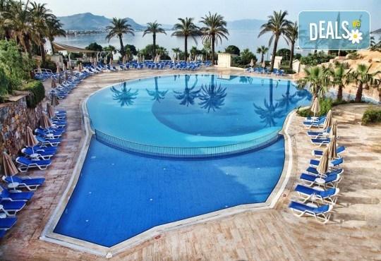 Last minute! Почивка през септември в Бодрум, Турция! 7 нощувки на база Ultra All Inclusive в хотел Yasmin Bodrum Resort 5*, възможност за транспорт - Снимка 10