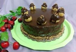Еклерова торта за вашия празник - изкушаващо вкусно предложение от сладкарница Черешка - Снимка