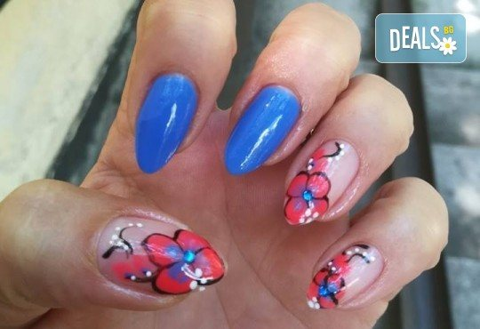 Дълготрайни цветове и безупречен стил! Маникюр с гел лак и сваляне на стар гел лак в A1 Beauty Salon - Снимка 6