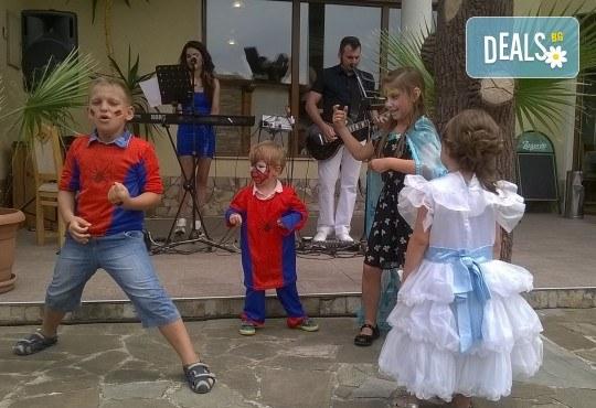 За децата! Концерт за малчугани и великани на 17.10. (вторник): представяне на музикален инструмент от MUSIC for You! - Снимка 12