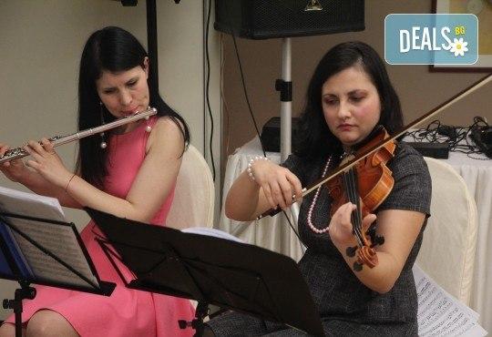 За децата! Концерт за малчугани и великани на 17.10. (вторник): представяне на музикален инструмент от MUSIC for You! - Снимка 5