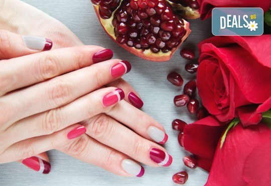 Прекрасни ръце! Маникюр с гел лак BlueSky, 4 рисувани декорации или вграждане на елементи при маникюрист на BM Hair Studio! - Снимка 1