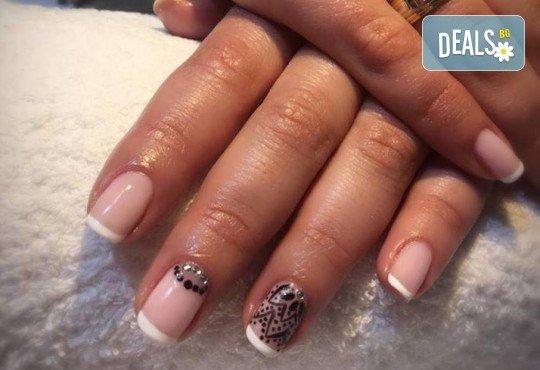 Прекрасни ръце! Маникюр с гел лак BlueSky, 4 рисувани декорации или вграждане на елементи при маникюрист на BM Hair Studio! - Снимка 4