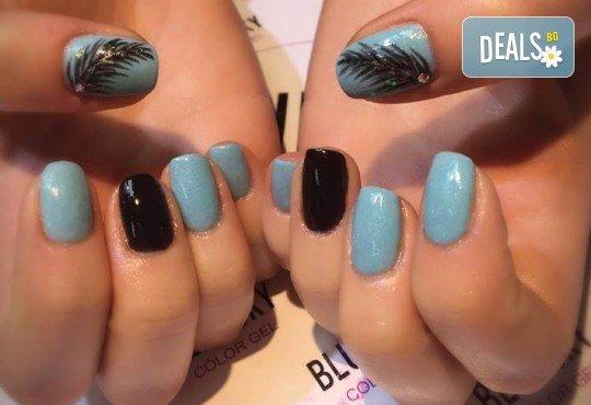 Прекрасни ръце! Маникюр с гел лак BlueSky, 4 рисувани декорации или вграждане на елементи при маникюрист на BM Hair Studio! - Снимка 7
