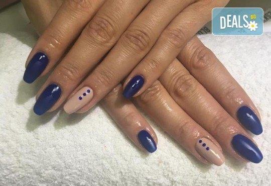 Прекрасни ръце! Маникюр с гел лак BlueSky, 4 рисувани декорации или вграждане на елементи при маникюрист на BM Hair Studio! - Снимка 8