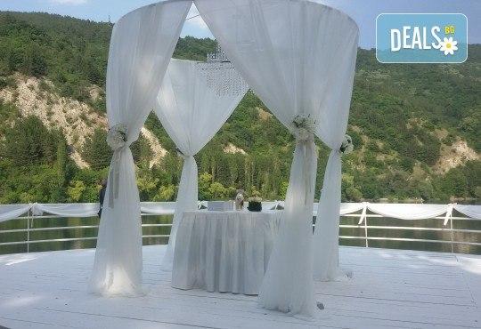 За Вашата сватба! Водене на изнесен ритуал по индивидуален сценарий на избрана локация от младоженците в рамките на София, от MUSIC for You! - Снимка 11