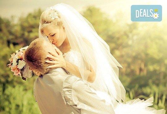За Вашата сватба! Водене на изнесен ритуал по индивидуален сценарий на избрана локация от младоженците в рамките на София, от MUSIC for You! - Снимка 2