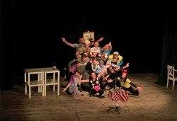 """Гледайте комедията """"Чичо Фьодор"""" по Едуард Успенски, на 24.10. от 19.30 ч, Театър Виа Верде, на сцената на Сълза и Смях, камерна зала - Снимка"""