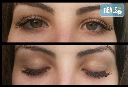 Омагьосвайте с очи! Поставяне на мигли по метода косъм по косъм, 3D или 6D технология в Салон за красота Еуфория - Снимка 6