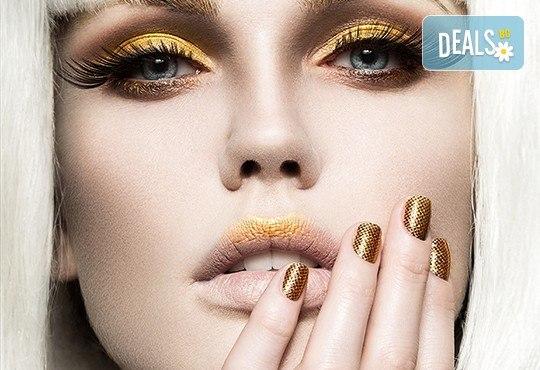 Омагьосвайте с очи! Поставяне на мигли по метода косъм по косъм, 3D или 6D технология в Салон за красота Еуфория - Снимка 2
